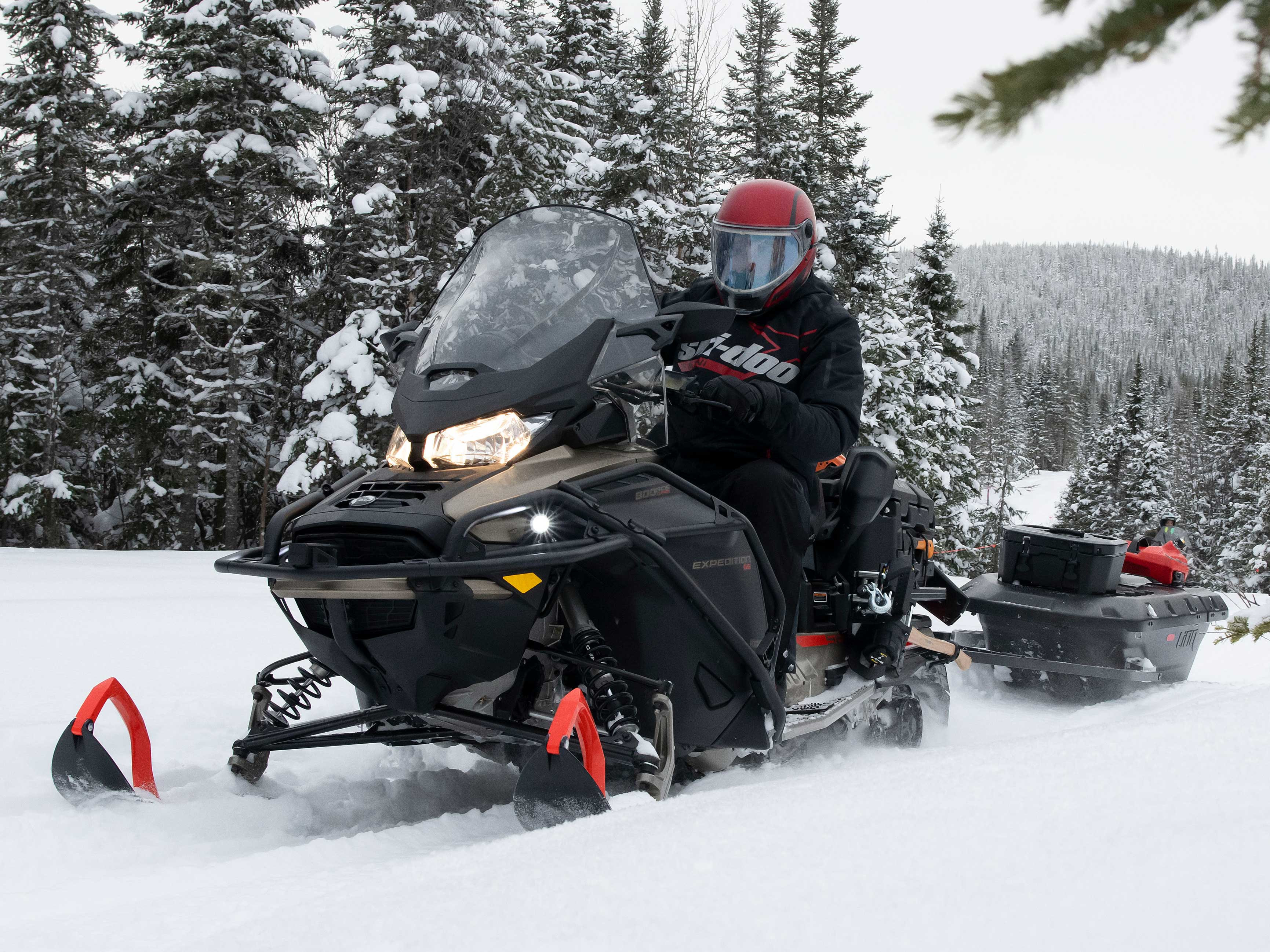 2022 Ski-Doo Expedition towing a sleigh