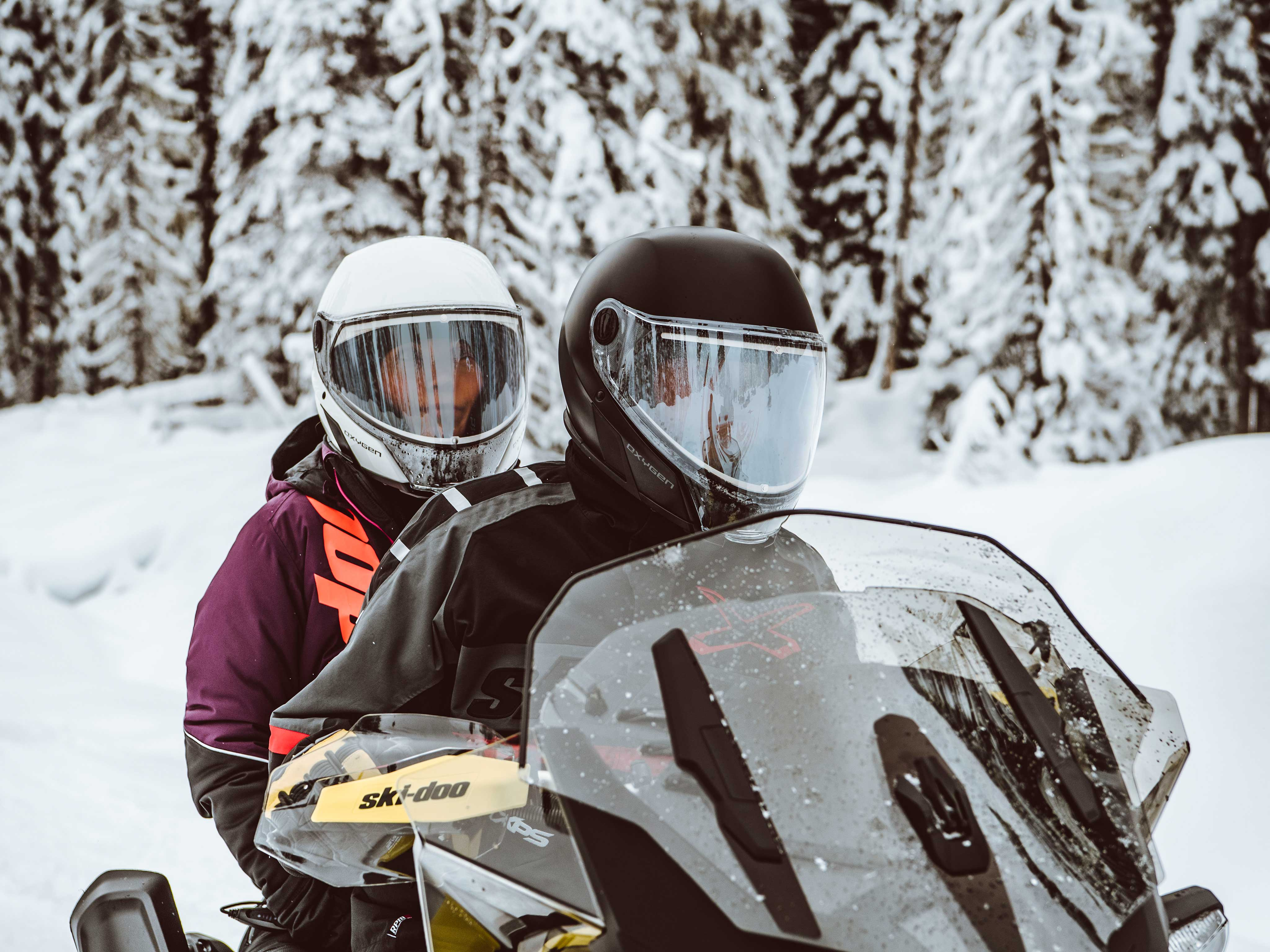 When to upgrade your snowmobile helmet