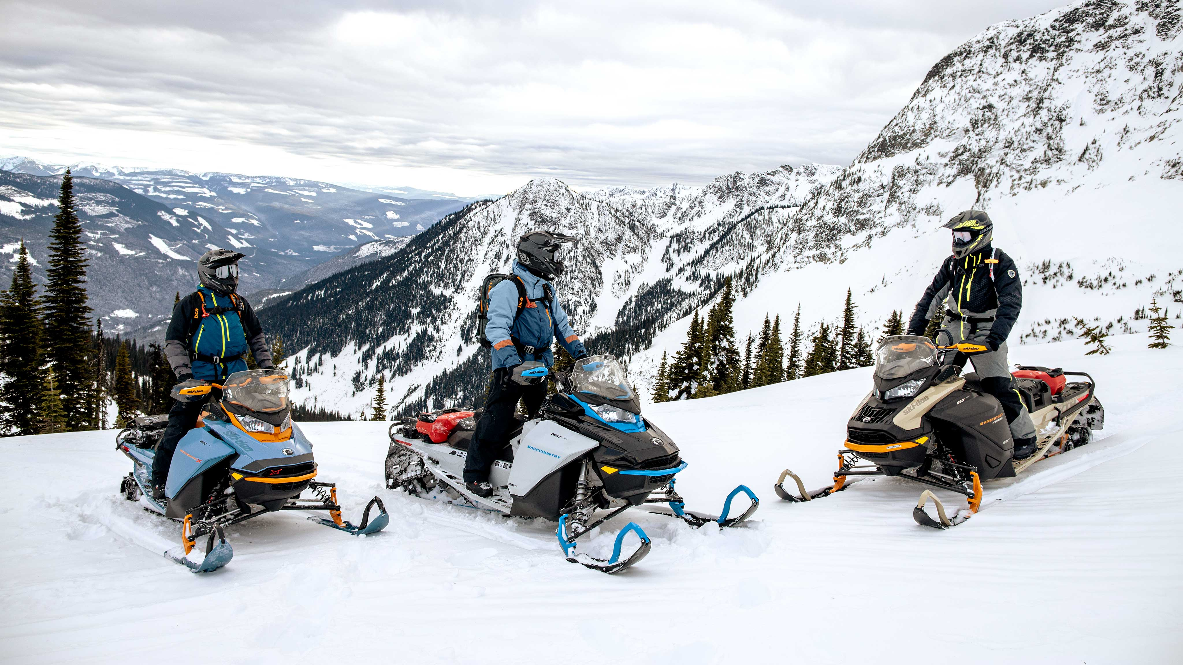 3 riders enjoying their 2022 Ski-Doo Backcountry